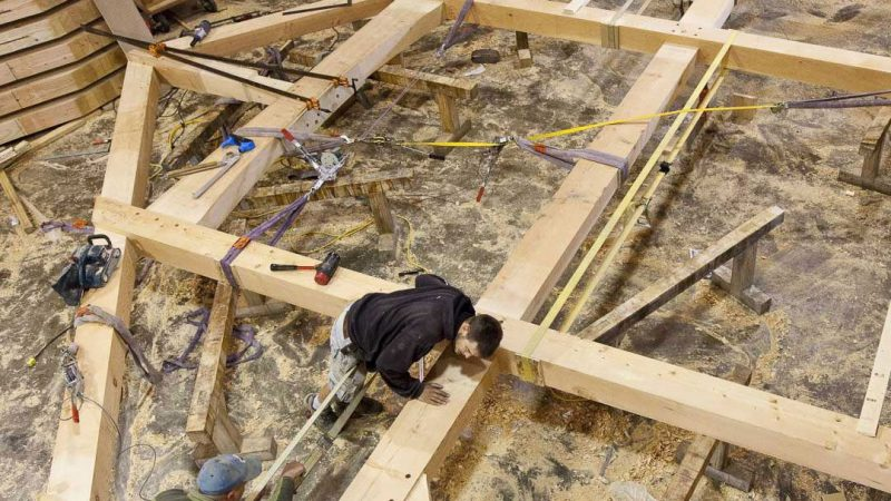 Located in the heart of the world's finest wood supply – Vancouver Island, BC – Island Timber Frames builds beautiful, healthy, well-engineered buildings.